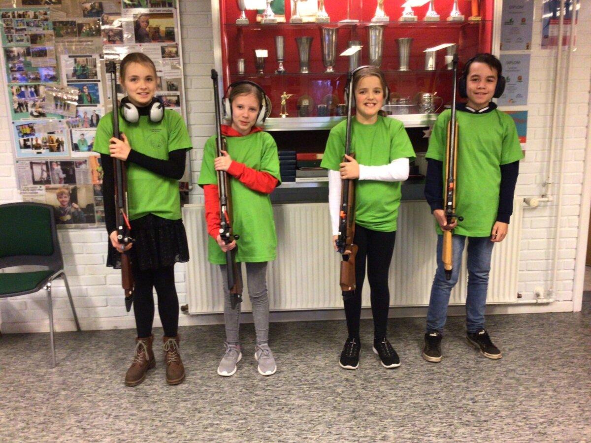 Skoleskydning-2020Vinderholdet: Tilde, Natasja, Cecilia og Tobias